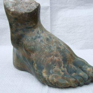 Kraftvoller Fuß, 2000